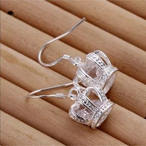 NWOT Royal Queen Crown Silver Crystal Earrings